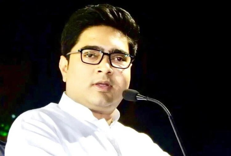 Coal Smuggling: CBI Team Arrives At Mamta's Nephew's House To Question Abhishek's Wife
