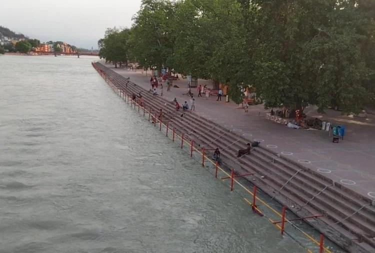 Uttarakhand: Ganga Prahari will keep an eye on the dumping of dead bodies in Ganga from Devbhoomi to West Bengal