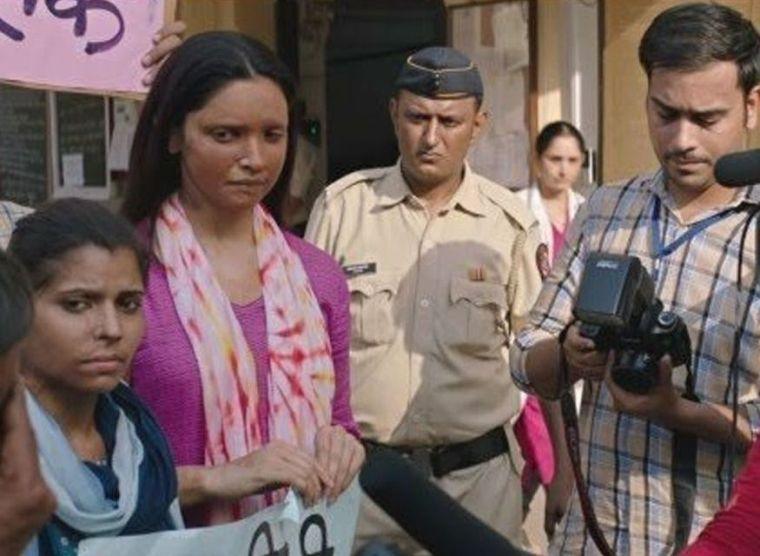 Jeetu Sharma Is Helpless For Her Father Treatment