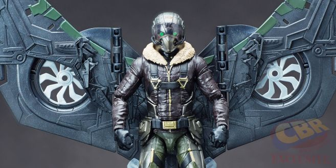 vulture-detail-torso