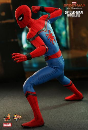 Hot Toys - Spider-Man Far From Home - Spider-Man Movie Promo Edition - 15