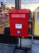 Cassetta delle lettere rossa per la Julpost - fonte Wikipedia