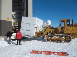 Our cryostat, Theo, is delivered to the high bay.