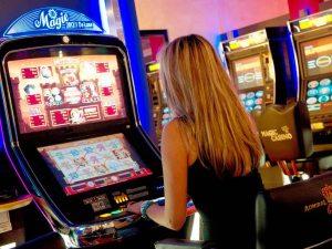 Spielautomaten Hochdruecken im Casino