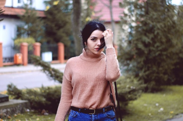 How to Wear Camel Wool Sweater