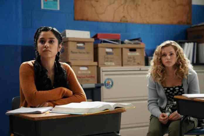 Stargirl Season 2 Episode 7