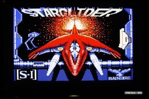 Maskinen er kompatibel med Commodore 64-spill.