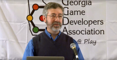 Warren Spector på et foredrag i 2015.