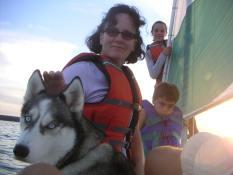 Maja & the Family Sailing