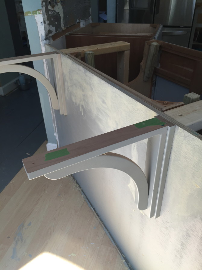 Corbels for Counter To