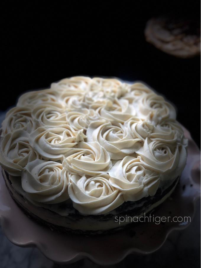 Keto vanilla buttercream rosettes