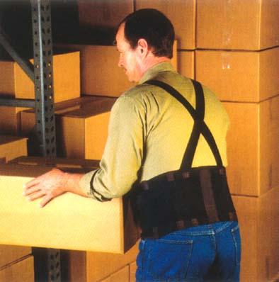 belt-belt-on-man-lifing