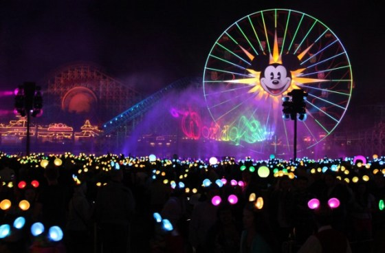 Neue Wassershow: World of Color - Celebrate!