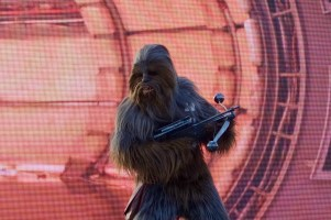 disneyland-paris-season-of-the-force-star-wars-chewbacca