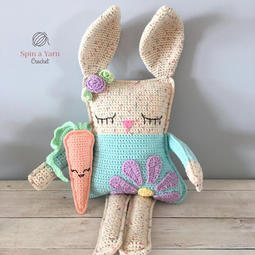 Carrot amigurumi with ragdoll spring bunny