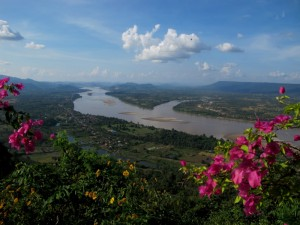Mekong river, Sangkhom