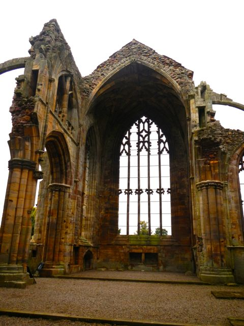 heart-wrenchingly beautiful ruined cathedrals
