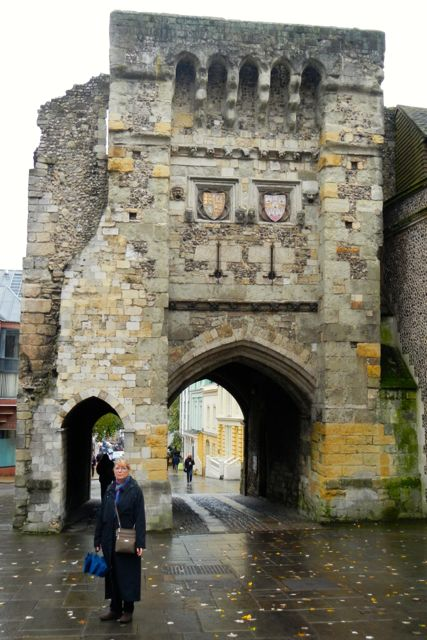 medieval walls (Winchester)