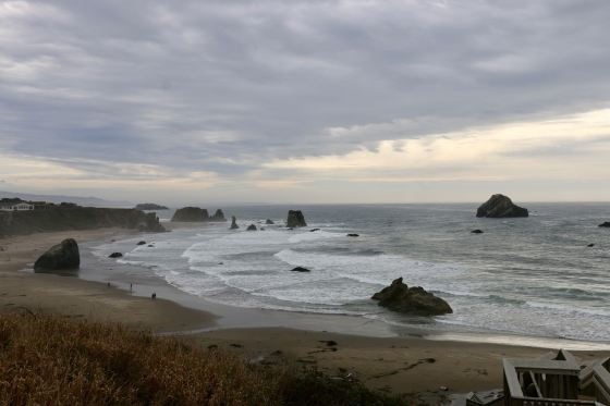 sea stacks make the Oregon coast so dramatic