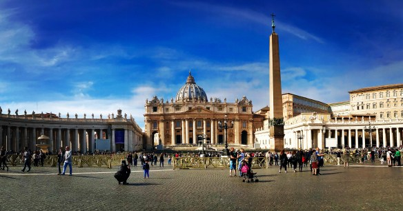 wheelchair accessible st peters square rome italy
