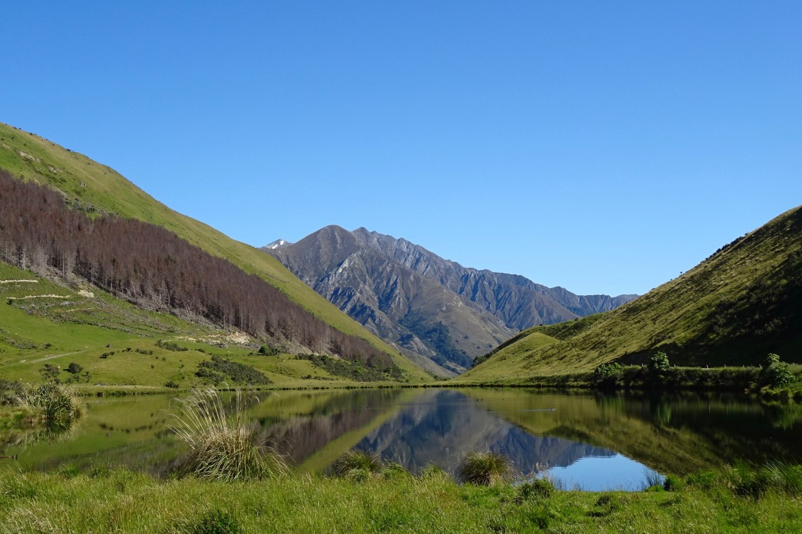 Moke Lake, New Zealand - spinthewindrose.com