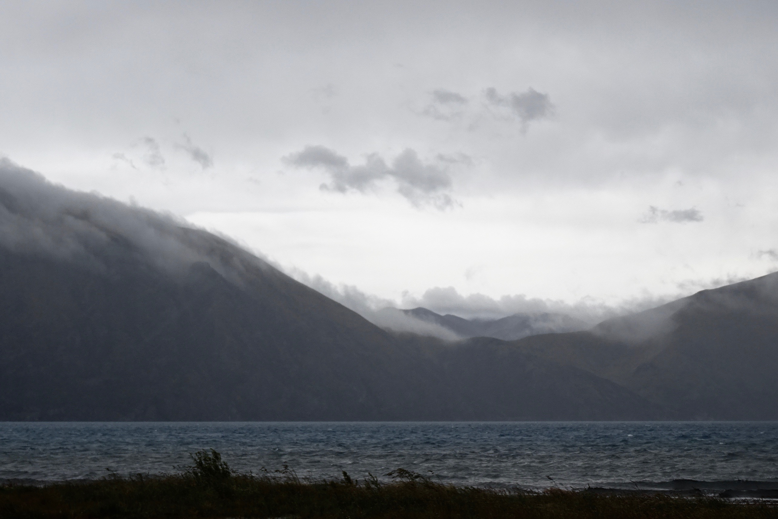 Lake Coleridge, New Zealand - spinthewindrose.com