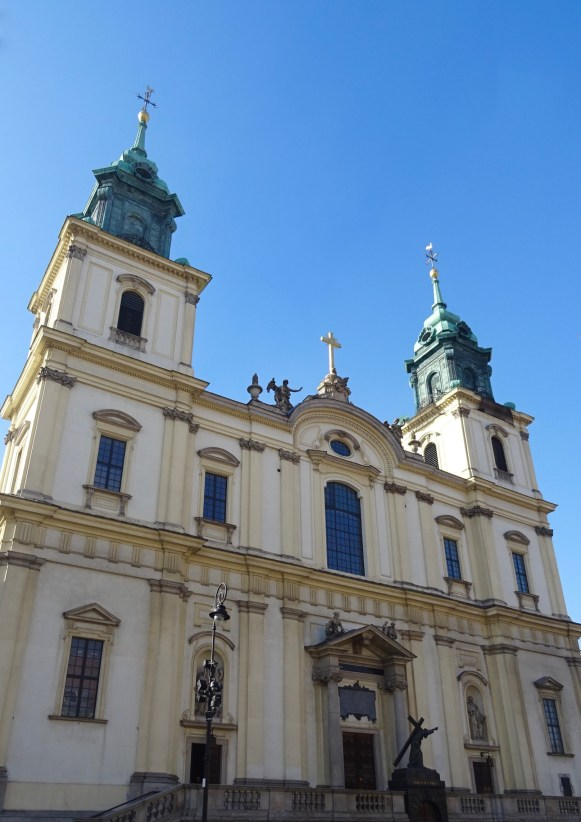 Church of the Holy Cross, Warsaw, Poland - spinthewindrose.com