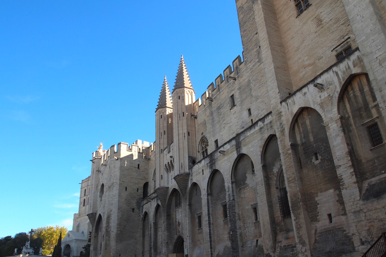 Avignon - South of France Road Trip - spinthewindrose.com