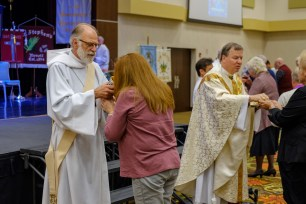 Convention Eucharist. Image: Gary Allman