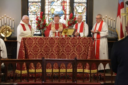 175th Anniversary Eucharist. Christ Church Lexington - 175th Anniversary. Image credit: Tim Ross