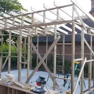 workshop frame with roof beams