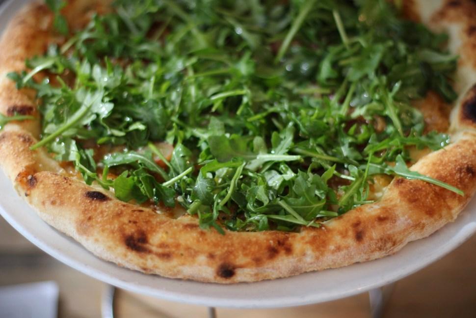 pizza-at-love-and-salt-by-spiritedla