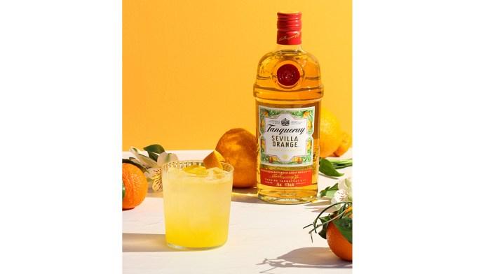 Summer cocktails 2021 tanqueray sevilla orange