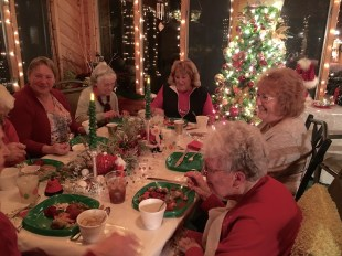 Friends of Fortnightly enjoying a Christmas meal