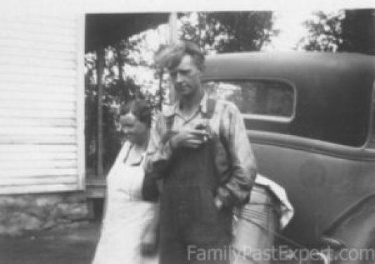 Lona and Tom Estes, 1932.