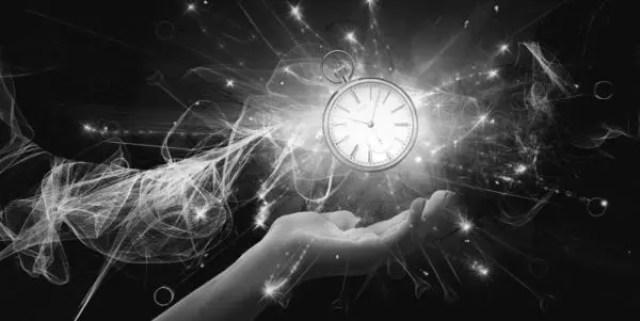 異次元空間 時空 時計