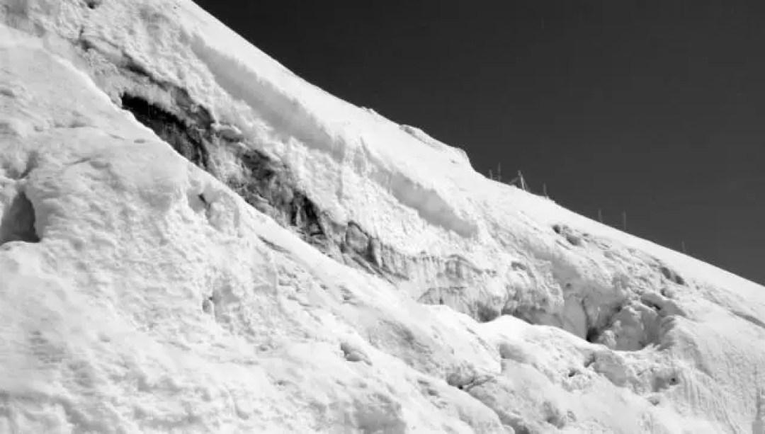 大雪 雪崩