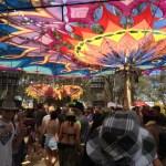 レインボーサーペントフェスティバル風景