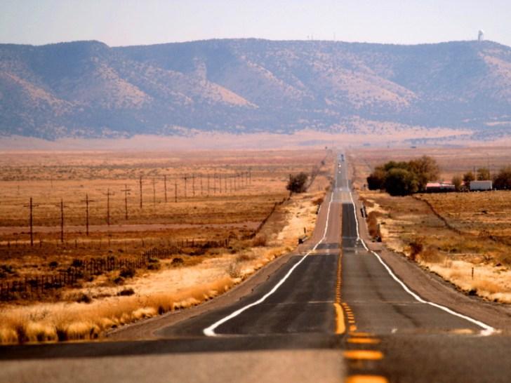 地平線まで続くルート66