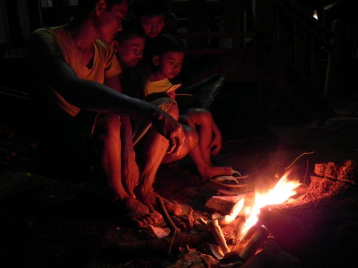 ラタニキリでの焚き火