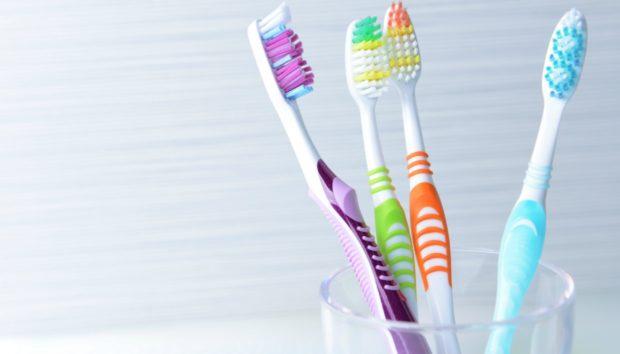 Οδοντόβουρτσα: Αυτό Είναι το Αηδιαστικό Λάθος που Κάνουν οι Περισσότεροι
