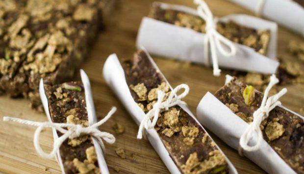 Φτιάξτε τις Δικές σας Μπάρες Δημητριακών για να Τρώτε Όλη την Εβδομάδα