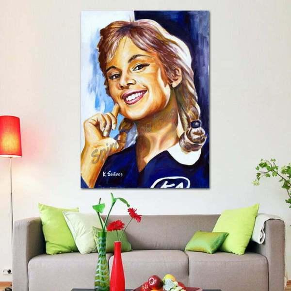 Aliki_Vougiouklaki_portraito_zwgrafikhs_paradeisos_canvas_print_sofa