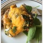 Aubergine, oksekød ,ostesovs
