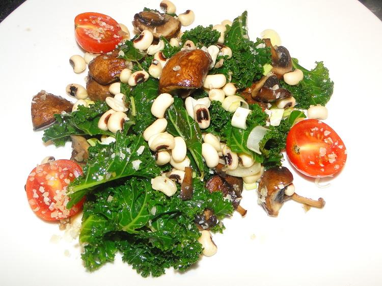 Bønne- og grønnkålsalat