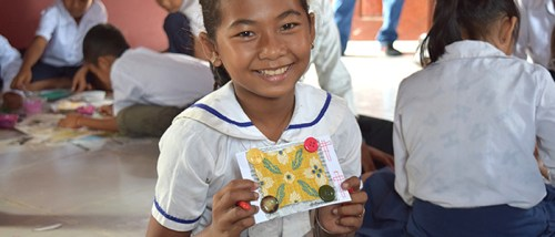 Students create thank you cards for donors