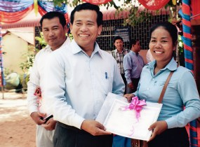 Village leaders give teachers recognition for their hard work