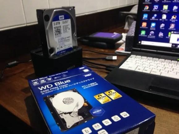 新しく購入したHDDをデュプリケーターに接続