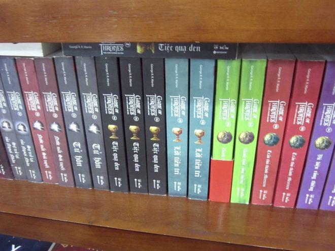 books-in-vietnamese-1