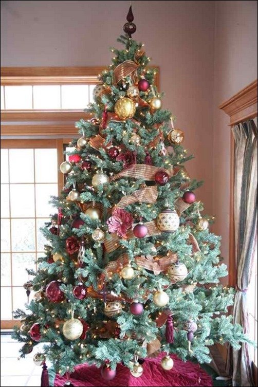 24 Stunning Christmas Tree Pictures